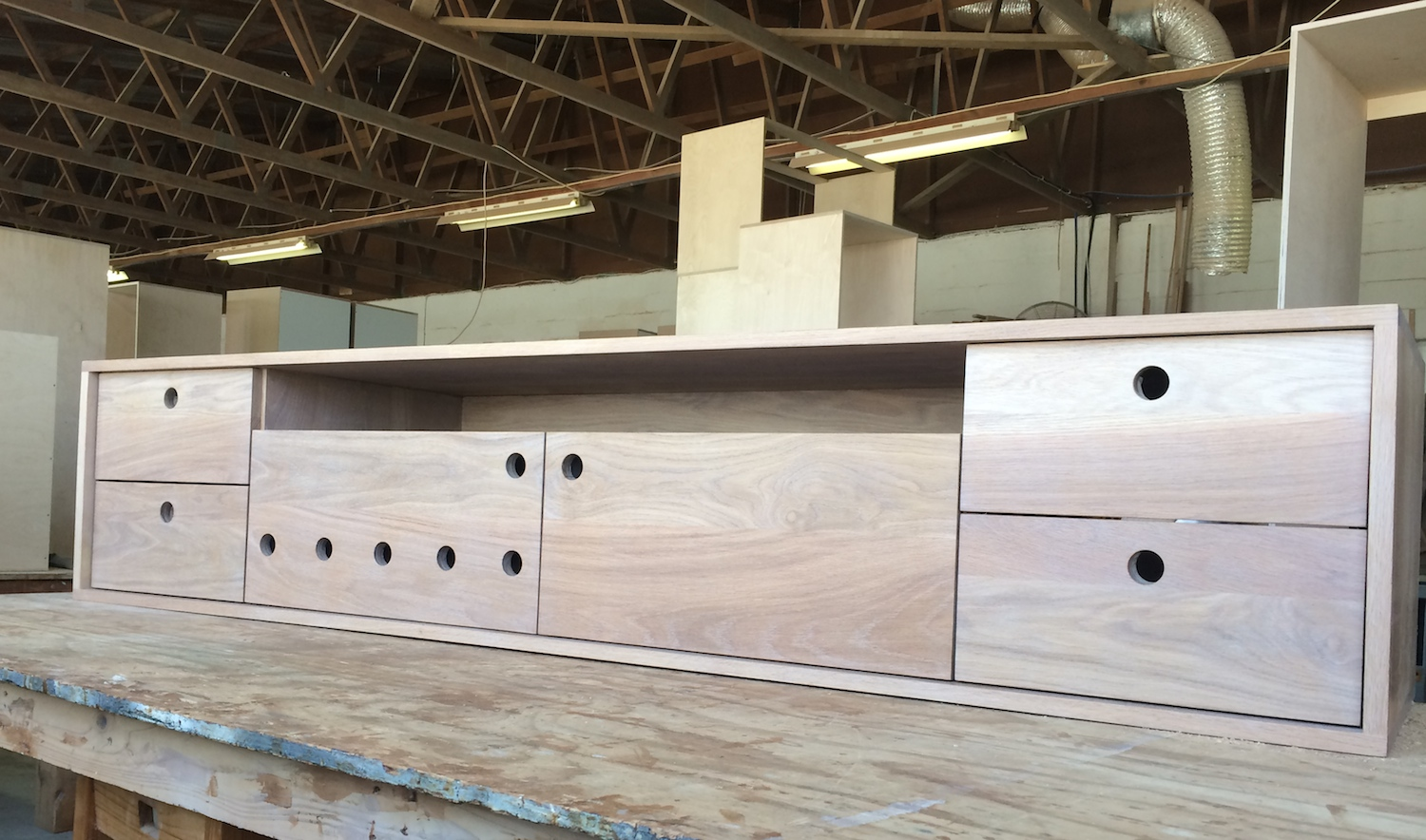 TV Unit in White oak