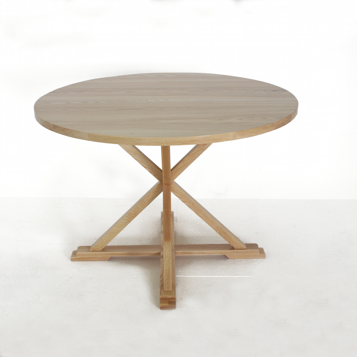 the goodwood co round x leg dining room table the