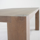 Weathered_oak_table_CU
